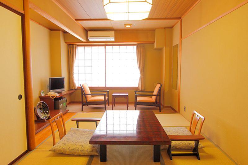 天坊飯店和室
