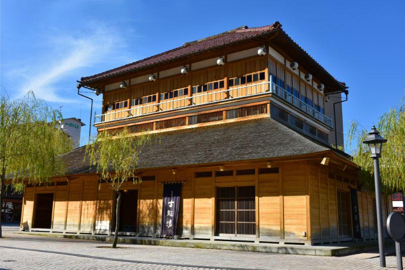 工藝、美食、絕景!北陸最大規模「加賀溫泉鄉」溫泉住宿、交通方式、推薦景點總整理
