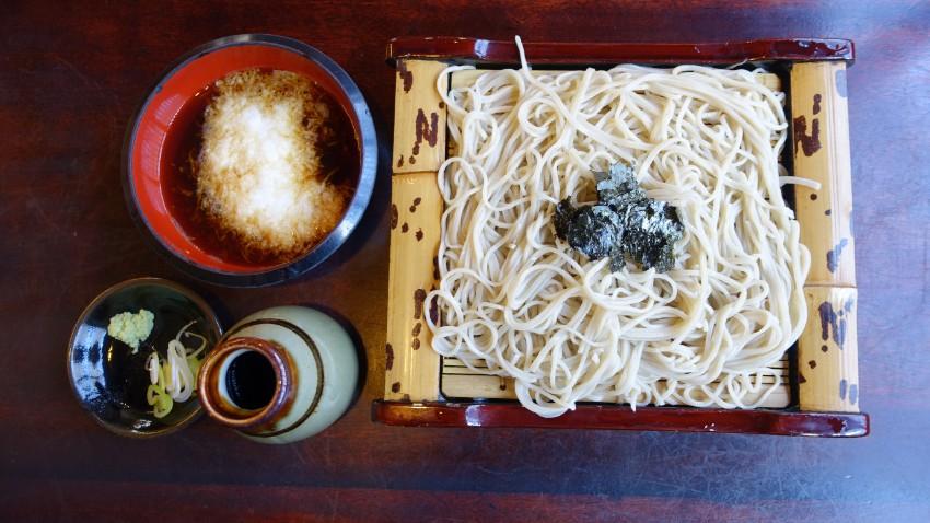 竹簍冷蕎麥麵
