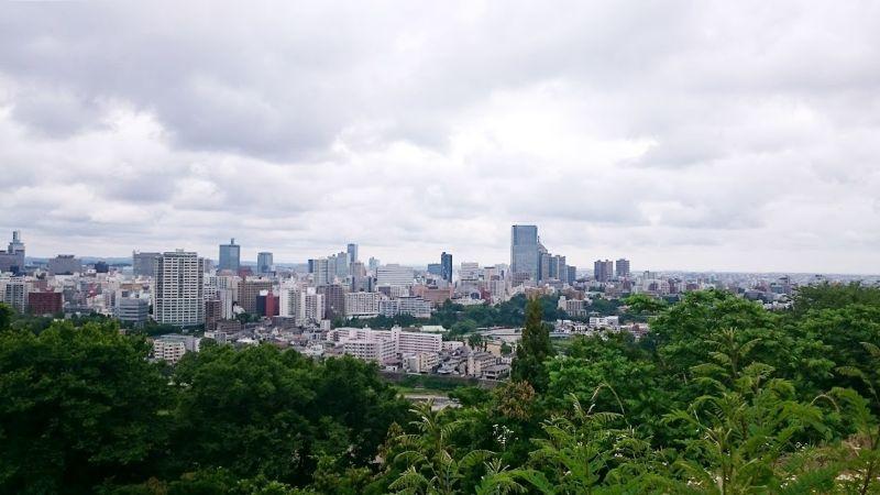 從仙台城跡俯瞰的景致