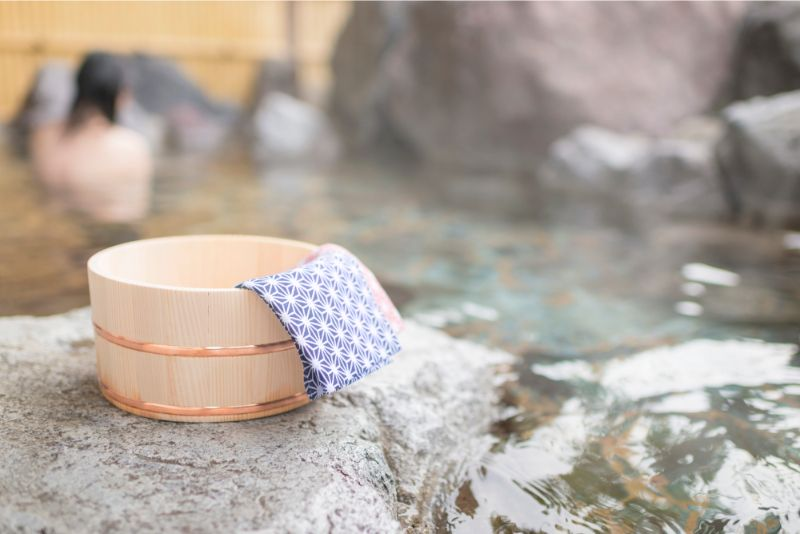 溫泉桶與露天浴池