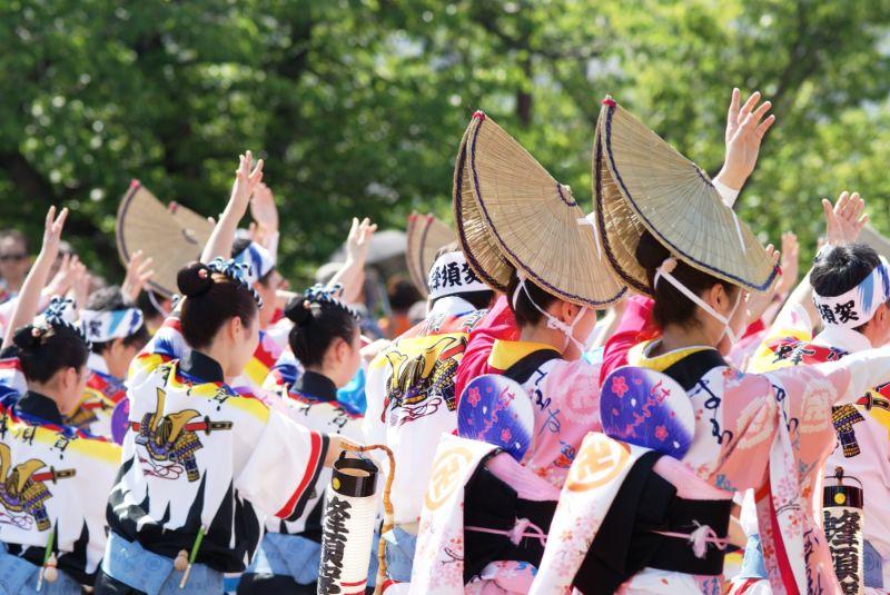 今年夏天就到四國德島參加「阿波舞祭」跟著一起舞!舞!舞!