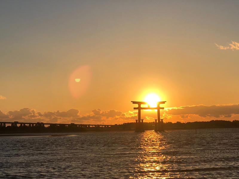 夕陽配鳥居