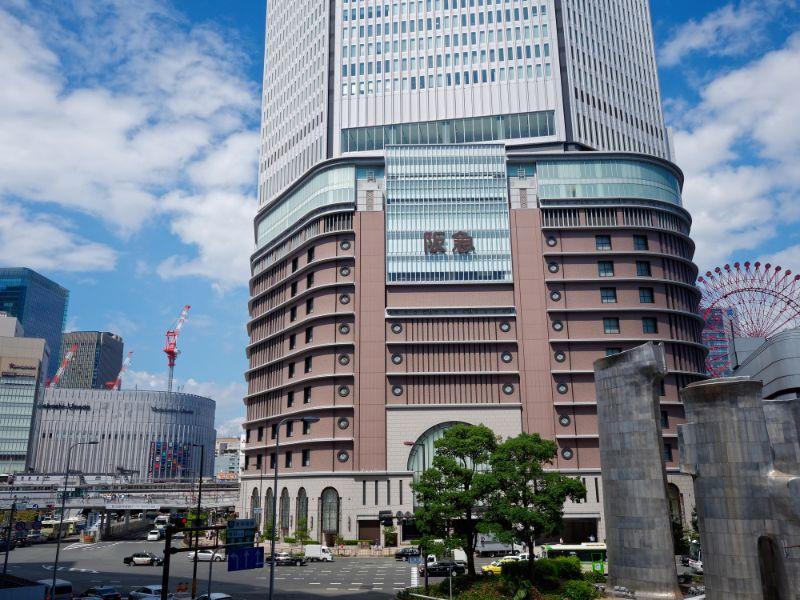 阪急梅田總店與梅田街道