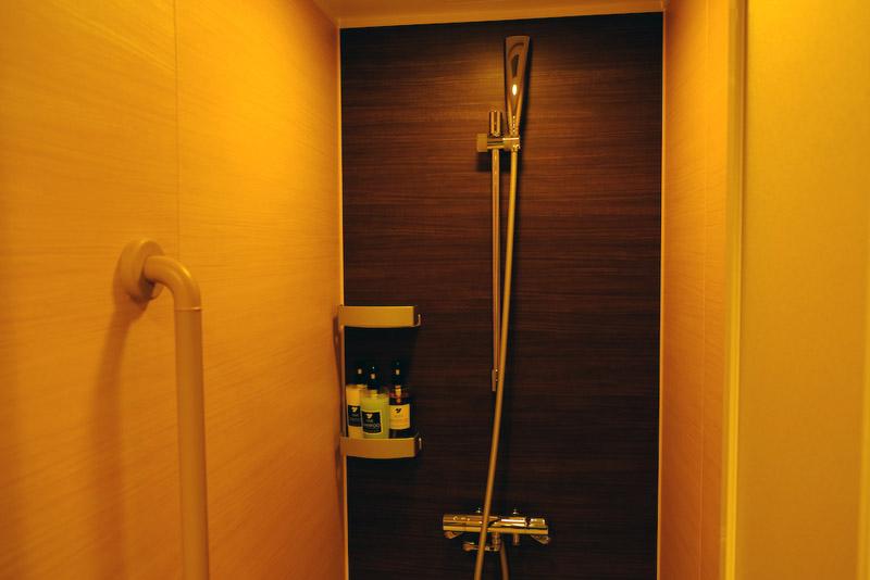 洋和式客房淋浴間