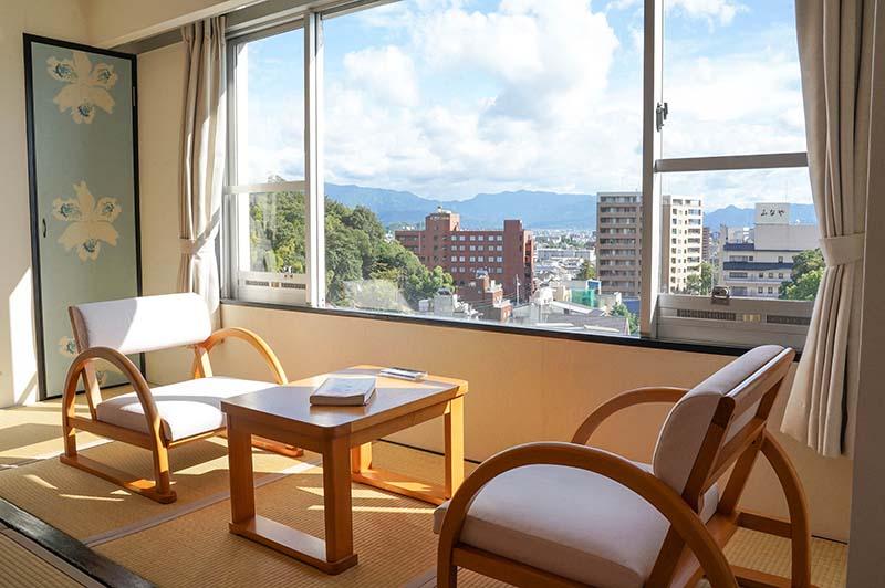 日式房型——窗邊