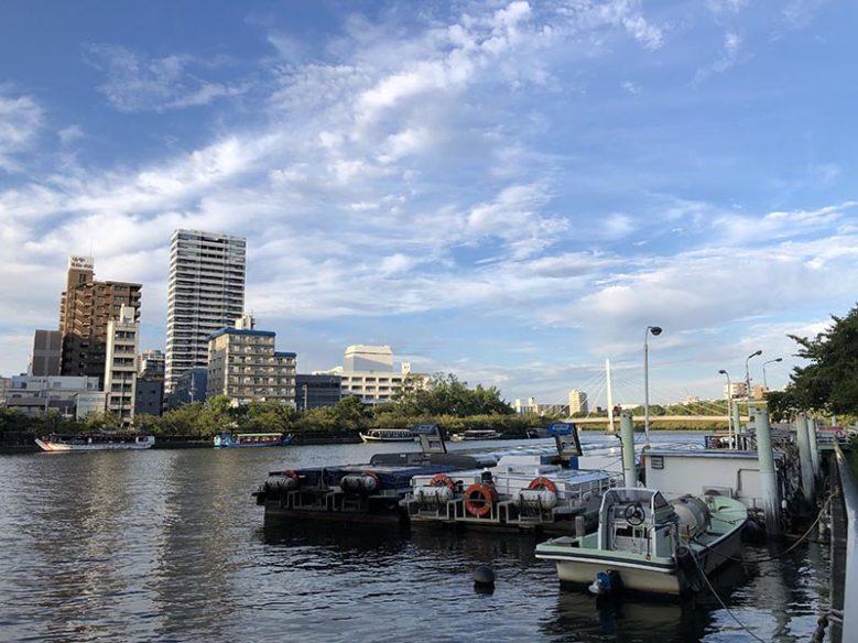 大川河岸整備中的船隻