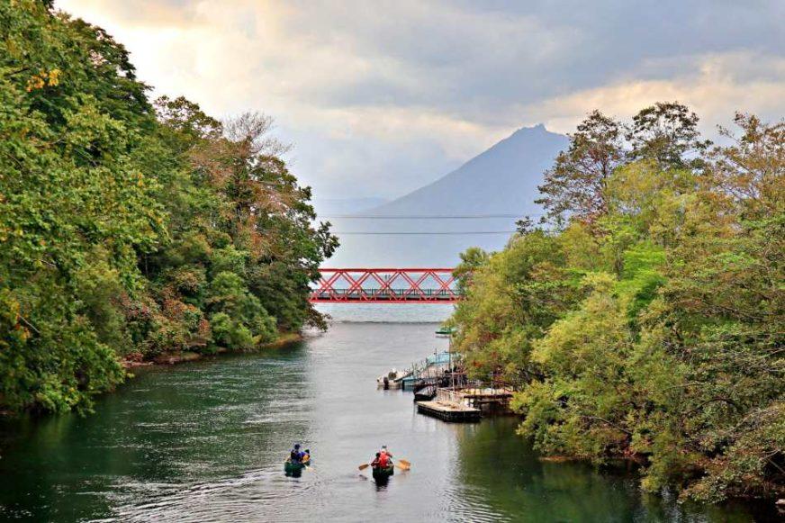 支笏湖與山線鐵橋
