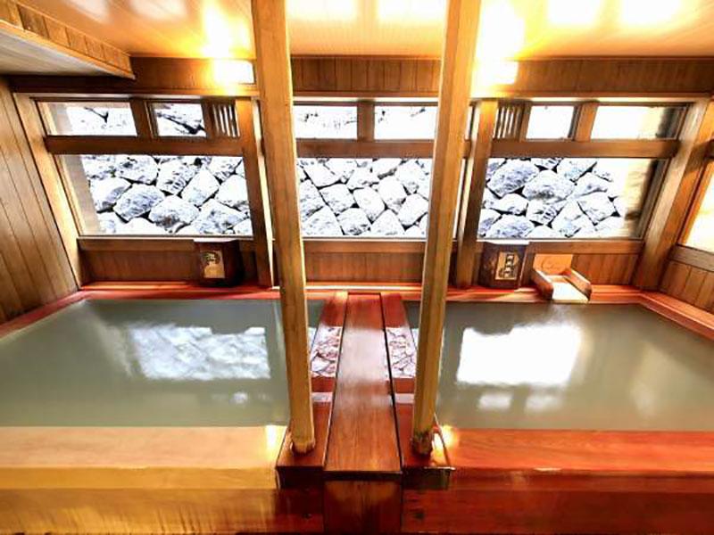 Oomiya ryokan 浴池